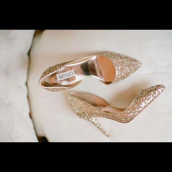 e4a3b26177c1 Badgley Mischka Daisy Platino Glitter Heels NIB